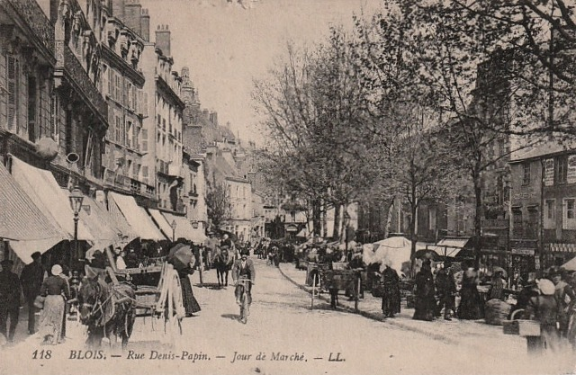 Blois (41) Rue Denis Papin, marché CPA
