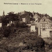 Bourbon-Lancy (Saône-et-Loire) La Croix Vinaigrier CPA