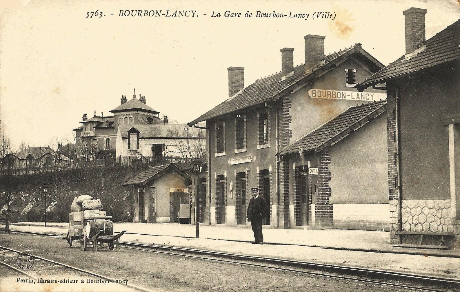 Bourbon-Lancy (Saône-et-Loire) La Gare CPA