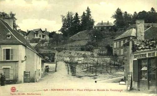 Bourbon-Lancy (Saône-et-Loire) La Montée du Tourniquet CPA