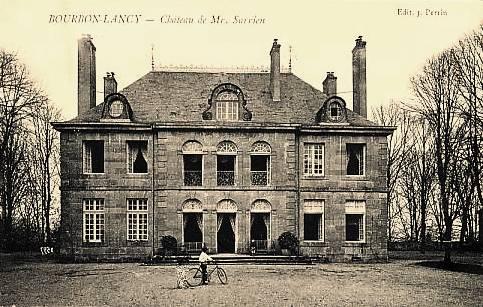 Bourbon-Lancy (Saône-et-Loire) Le château Sarrien CPA
