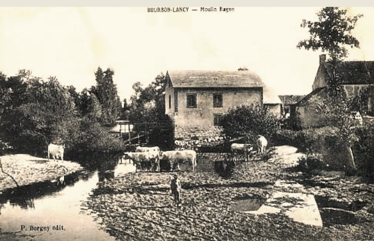 Bourbon-Lancy (Saône-et-Loire) Le moulin Ragon CPA