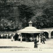 Bourbon-Lancy (Saône-et-Loire) Les Thermes, source de la Reine CPA