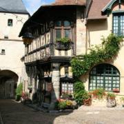 Bourbon-Lancy (Saône-et-Loire) Vieilles maisons