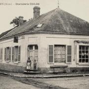 Bourg-et-Comin (Aisne) CPA Charcuterie Coulon