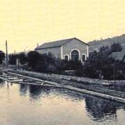 Bourg-et-Comin (Aisne) CPA l'usine hydraulique et le canal