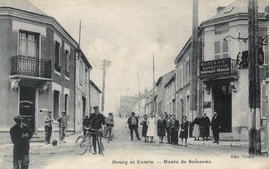 Bourg-et-Comin (Aisne) CPA Route de Soissons