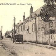Bourg-et-Comin (Aisne) CPA Rue de Vailly