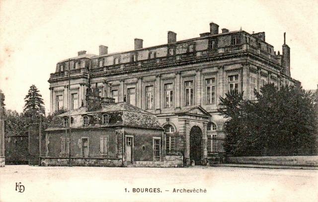Bourges (18) L'archevêché CPA