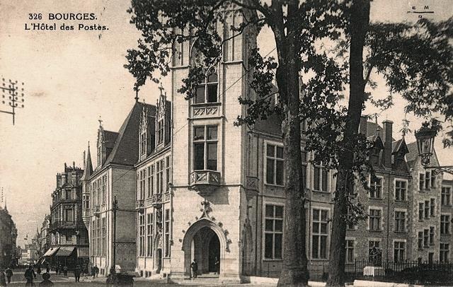 Bourges (18) L'Hôtel des Postes CPA
