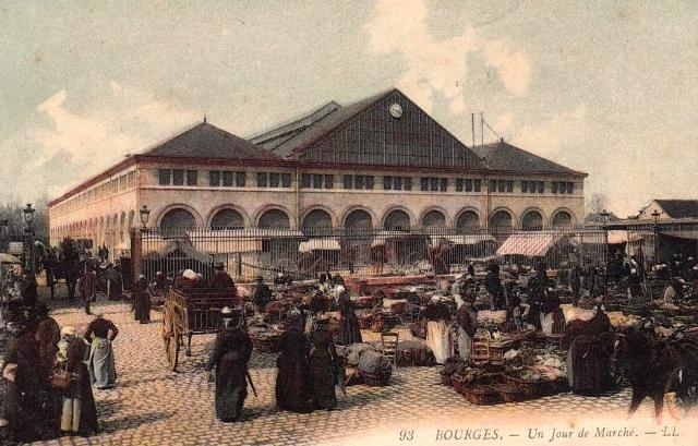 Bourges (18) Le marché CPA