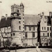 Bourges (18) Le Palais Jacques Coeur CPA
