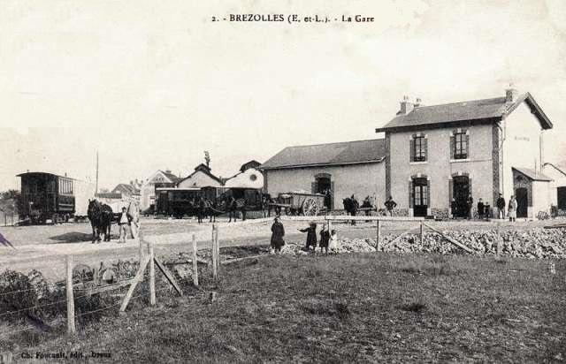 Brézolles (28) La Gare CPA