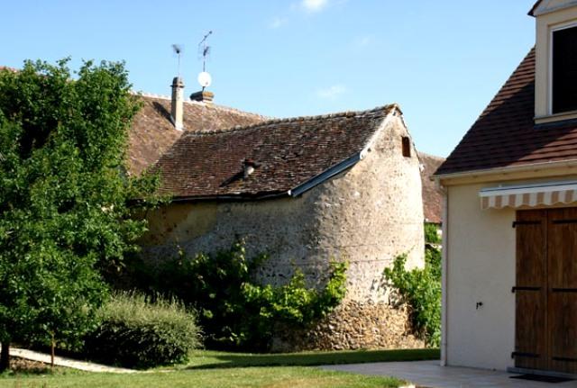 Brézolles (28) La porte de Tillières