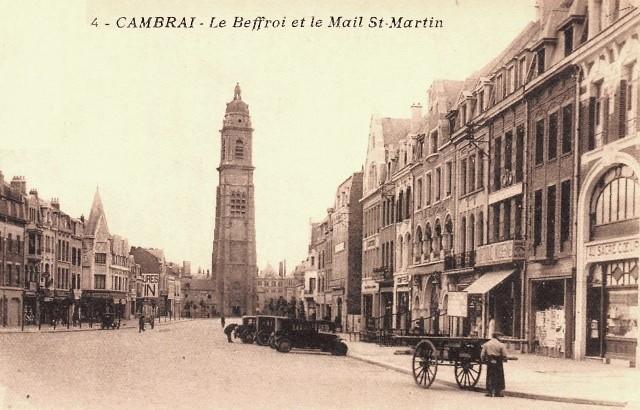 Cambrai 59 le beffroi et le mail saint martin cpa