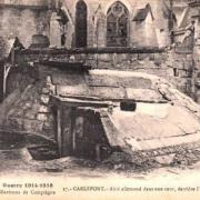Carlepont oise cpa abri allemand derriere l eglise 1914-1918