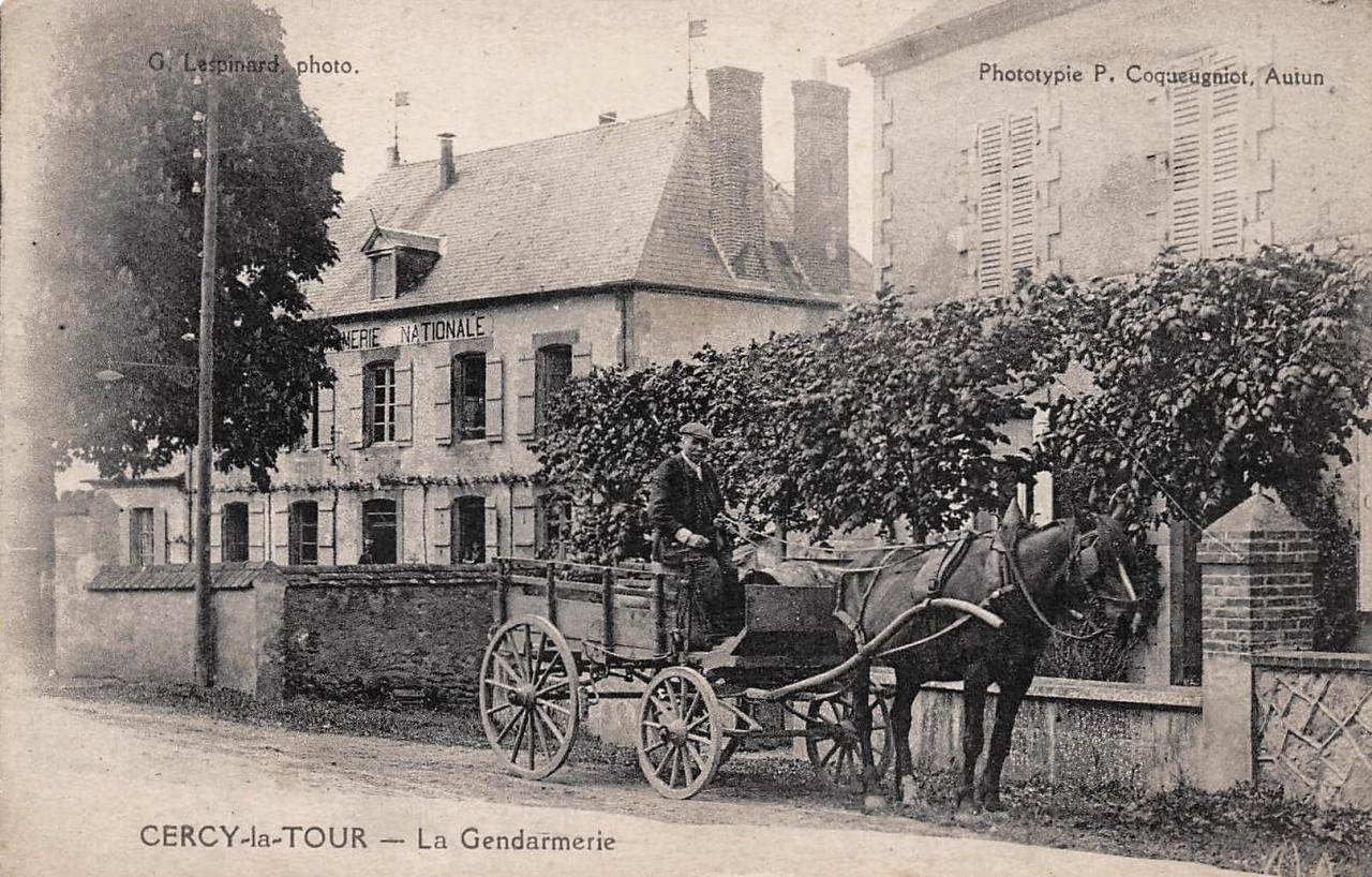Cercy-la-Tour (Nièvre) La gendarmerie CPA