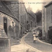 Cercy-la-Tour (Nièvre) La rue du Commerce CPA
