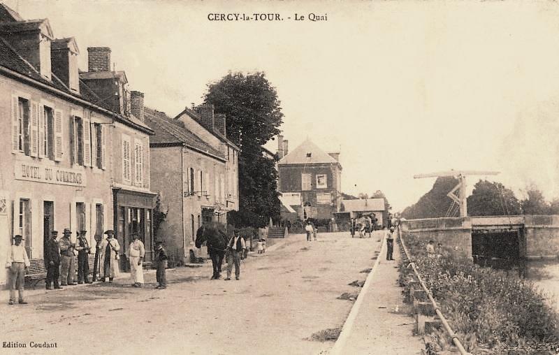 Cercy-la-Tour (Nièvre) Le quai CPA