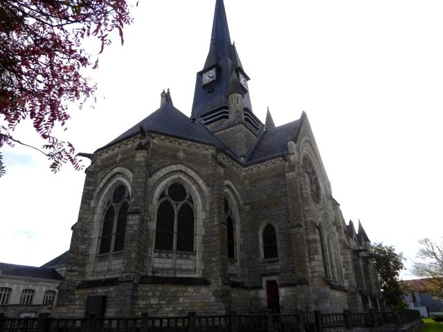 Cernay-en-Dormois (51) L'église de la Nativité