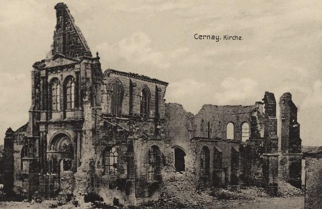 Cernay-en-Dormois (51) L'église ruinée en 1914 CPA