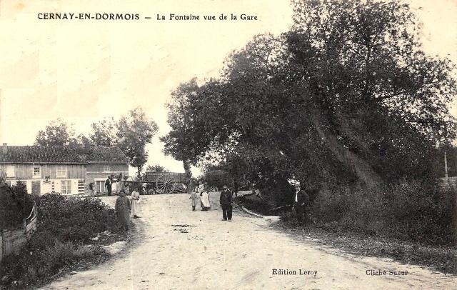 Cernay-en-Dormois (51) La fontaine CPA