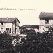 Cernay-en-Dormois (51) La rue de la Fontaine CPA
