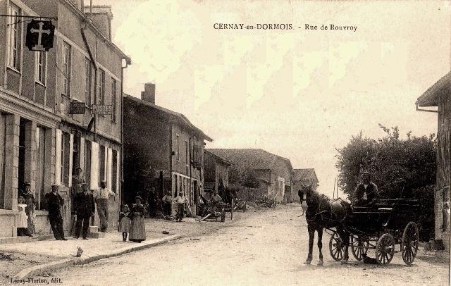 Cernay-en-Dormois (51) La rue de Rouvroy CPA