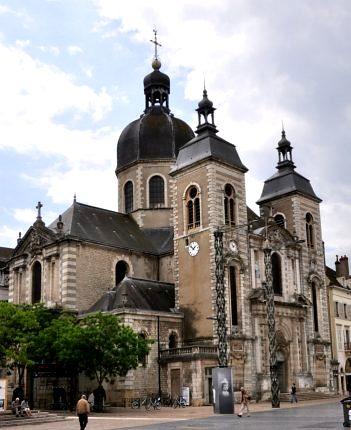 Chalon-sur-Saône (71) Eglise Saint Pierre