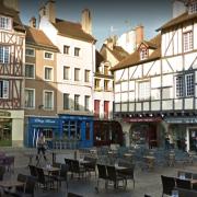 Chalon-sur-Saône (71) Place Saint-Vincent