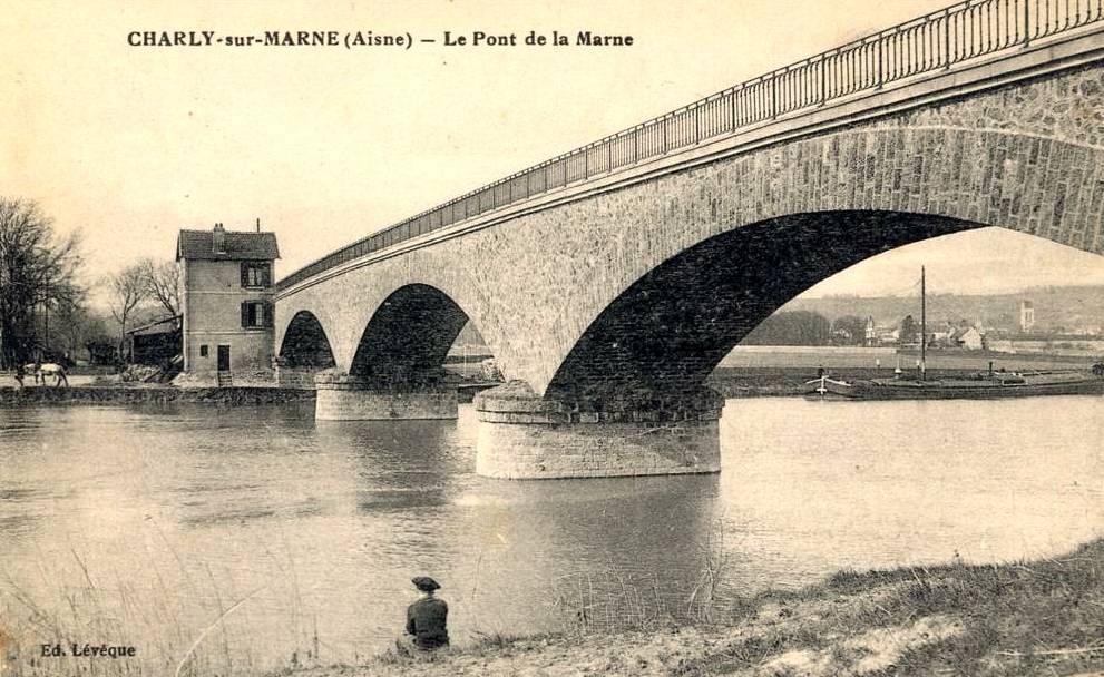 Charly-sur-Marne (Aisne) CPA Pont de la Marne