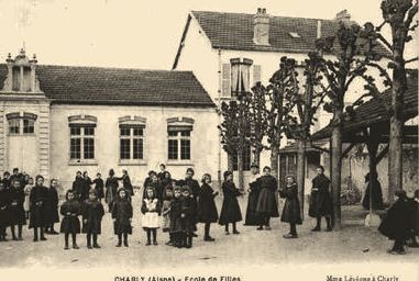 Charly-sur-Marne (Aisne) CPA Ecoles