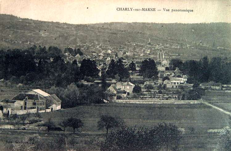 Charly-sur-Marne (Aisne) CPA Vue panoramique
