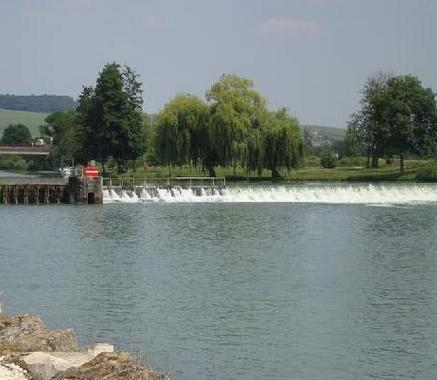 Charly-sur-Marne (Aisne) Pont barrage