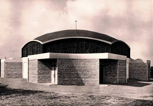Chartres (28) L'église Saint-Jean-Baptiste CPA