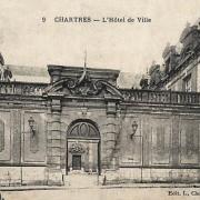 Chartres (28) L'Hôtel de Ville CPA