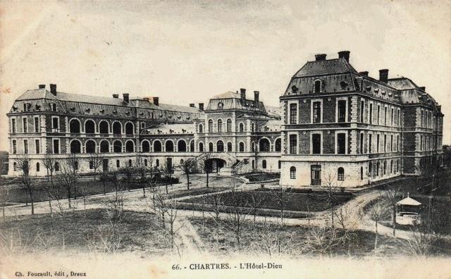 Chartres (28) L'Hôtel-Dieu CPA