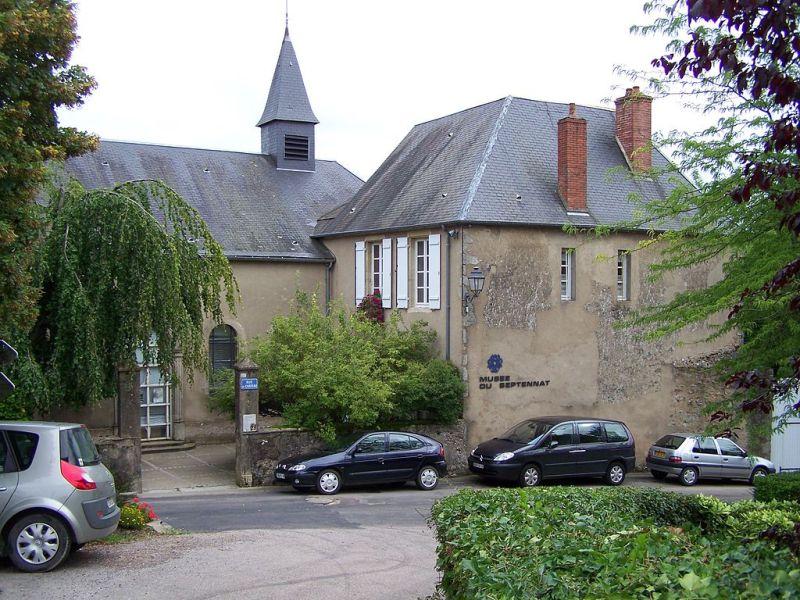 Château-Chinon (Nièvre) L'ancien couvent Sainte Claire