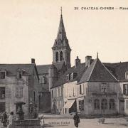 Château-Chinon (Nièvre) La place St Christophe CPA