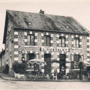 Château-Chinon (Nièvre) Le café-restaurant l'Oustalet CPA