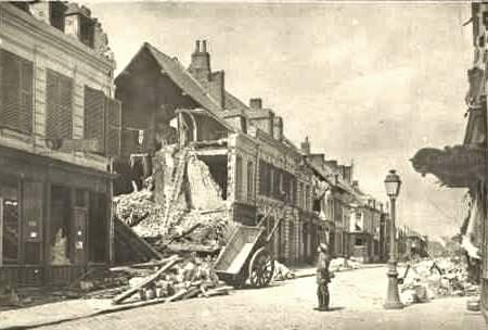 Château-Porcien (08) Bombardement CPA