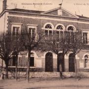 Château-Renard (45) Hôtel de Ville CPA