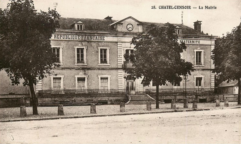 Châtel-Censoir (89) La mairie CPA