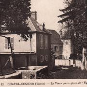 Châtel-Censoir (89) La Place de l'église CPA