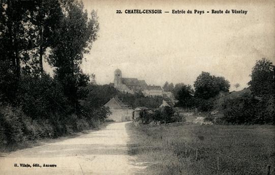 Châtel-Censoir (89) La route de Vézelay CPA