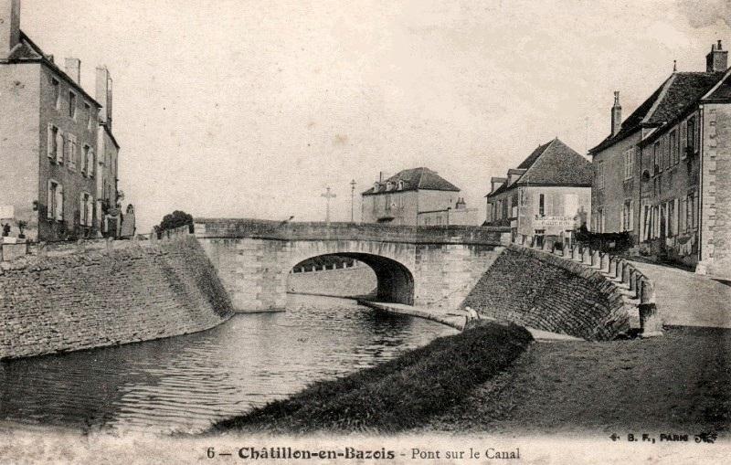 Châtillon-en-Bazois (Nièvre) Le pont du canal CPA