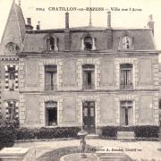 Châtillon-en-Bazois (Nièvre) Une villa CPA