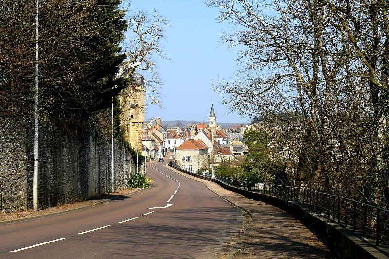 Châtillon-en-Bazois (Nièvre) Vue générale