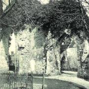 Chézy-sur-Marne (Aisne) CPA les vieux murs de l'abbaye