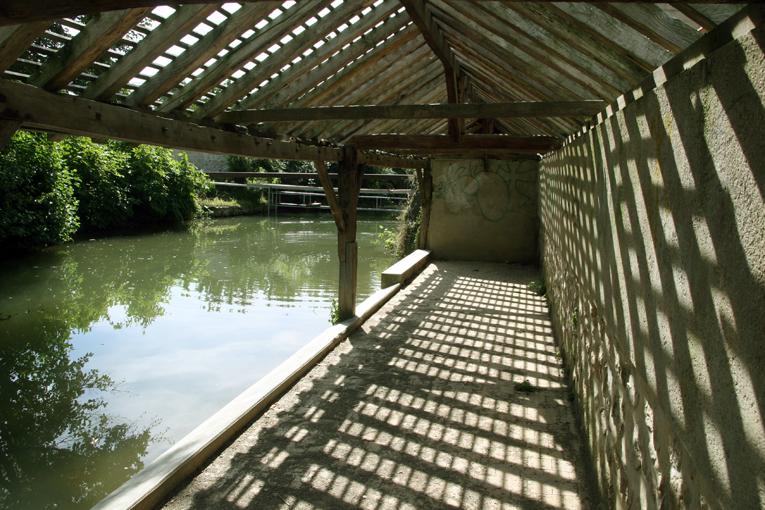 Chézy-sur-Marne (Aisne) Lavoir